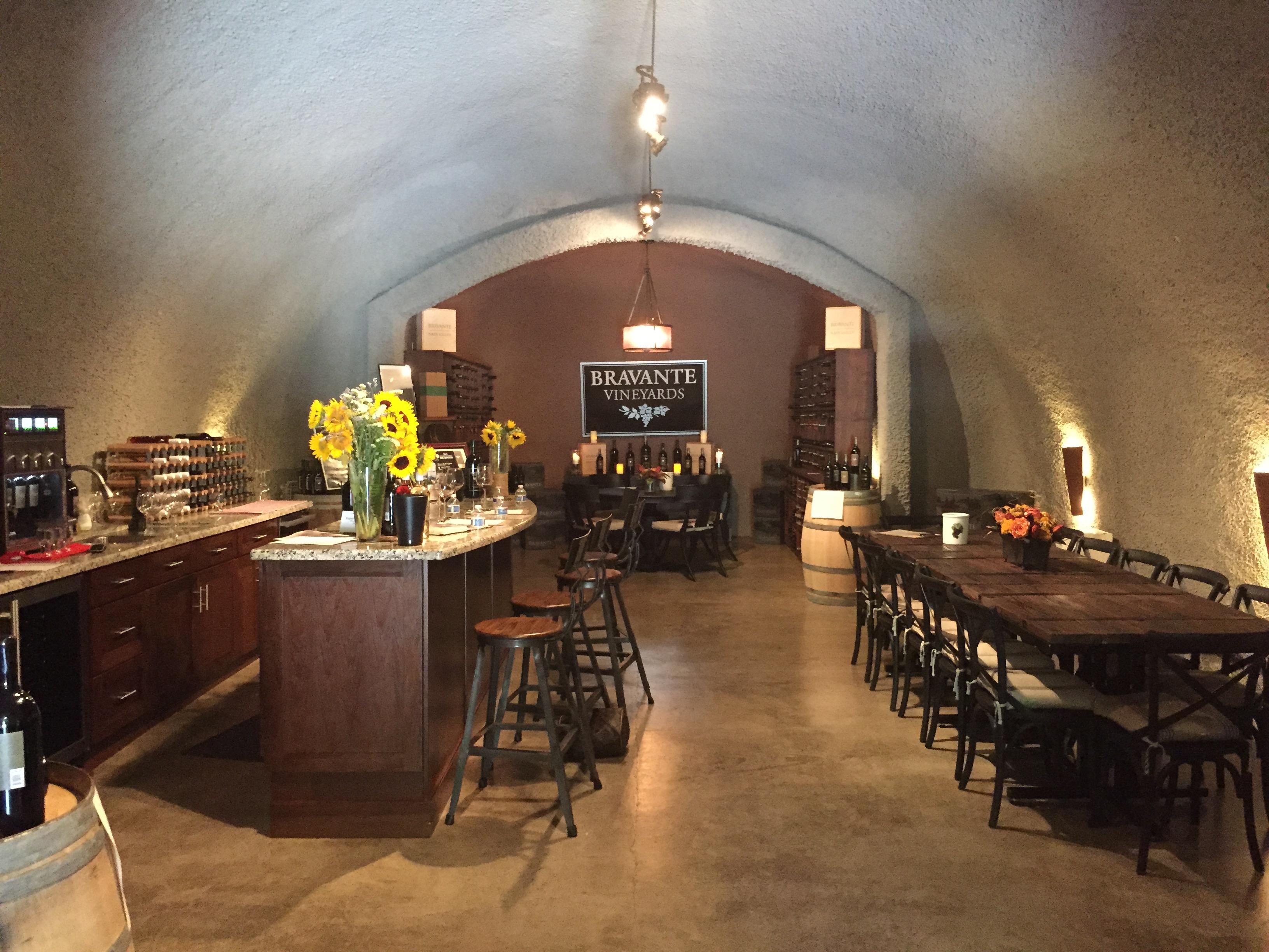 Bravante Vineyards Wine Tasting Tour